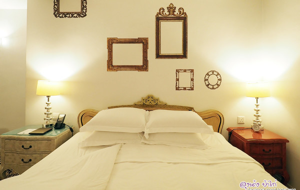 The Luxe Manor โรงแรมสวยๆ โทรฟรีกลับเมืองไทยไม่จำกัด และ Free Wifi